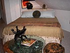 Morocco suite/king bed/kitchen/larger shower
