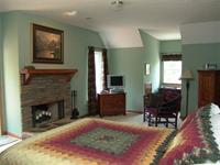 Whissenhunt Mountain Suite
