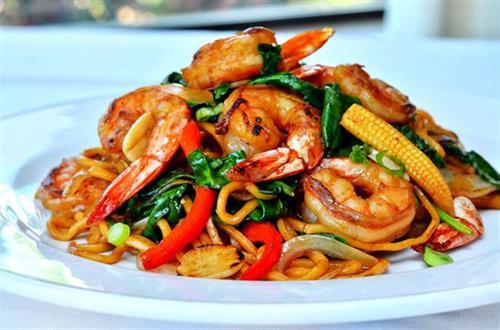 Jumbo Shrimp Lo Mein