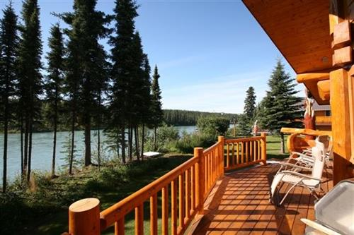 Eagle View cabin porch on Kenai River