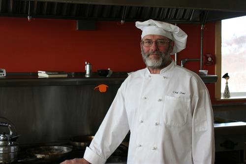 Chef Paul Warner in aksupperclub's kitchen