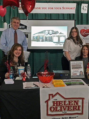 The Helen Oliveri Team at the Lake Zurich Business Showcase