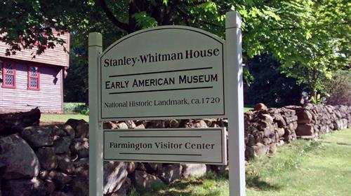 Stanley-Whitman House, 1720 National Historic Landmark house  in Farmington, CT