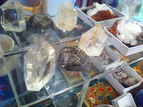 check out our hand-picked rocks, gems, and minerals