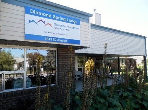 Diamond Spring Lodge, Redwater