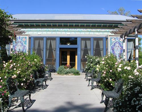 Gallery Image teahouse_-_front_entry.JPG