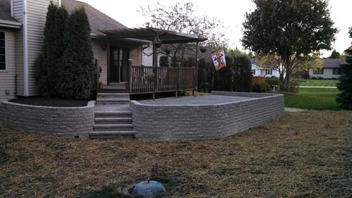 Retaining Wall, Patio, Walkway & Steps Design & Construction - Sheboygan, WI