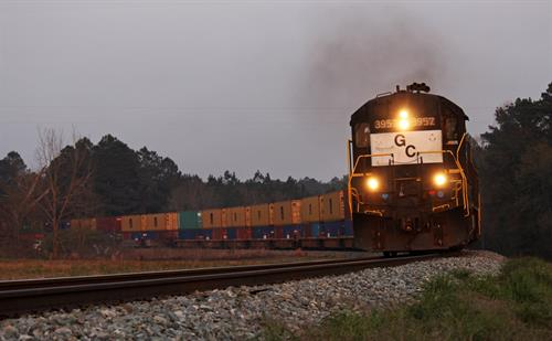 Georgia Central RR pulling containers from Cordele Intermodal Services