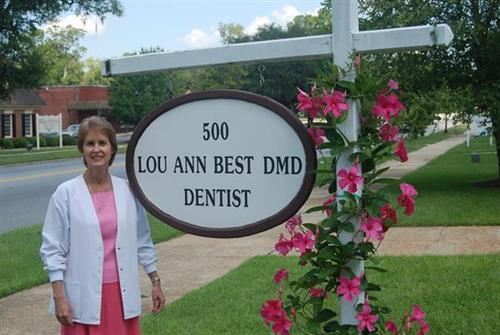 Dr. Lou Ann Best