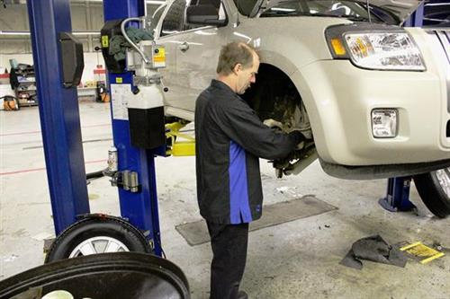 Brakes  By Certified GM Technicians