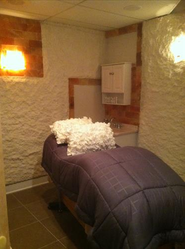 Salt Therapy Treatment Room