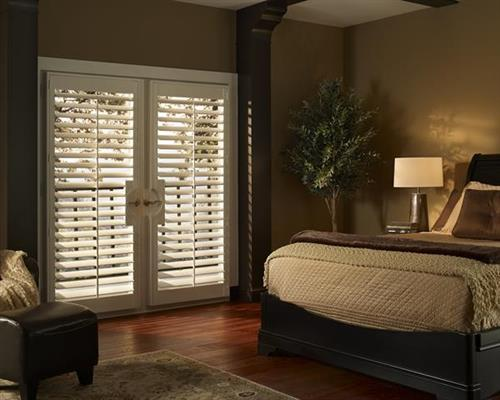 Shutters - easy care, room darkening...