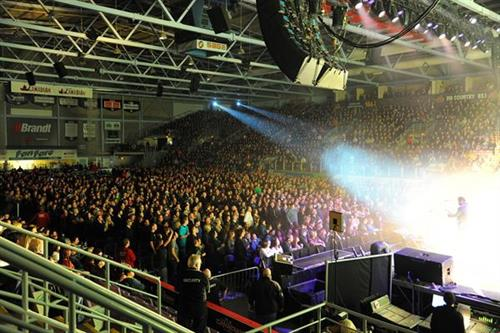 Journey concert at Crystal Centre