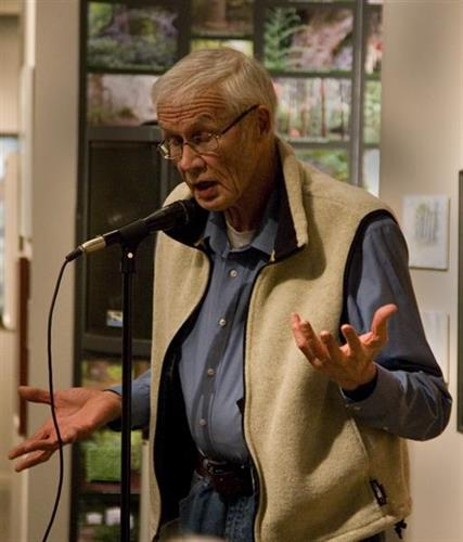 Local teller Dennis Duncan engages audiences with his stories.