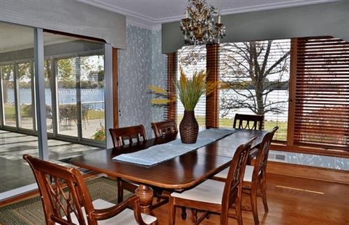 Northern Loon Cottage Dining room