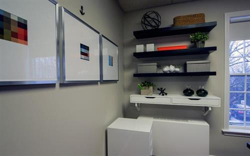 Gallery Image osterville-boutique-office-04.jpg