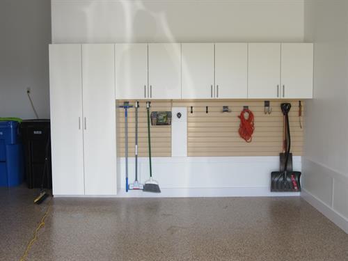 Bishops Bay Garage Cabinets, Slat Wall, and Epoxy Flooring