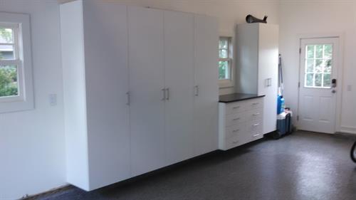 Garage Cabinets - Lake Mendota Home