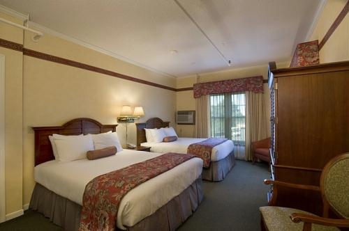 Suite in the historic Madden Inn