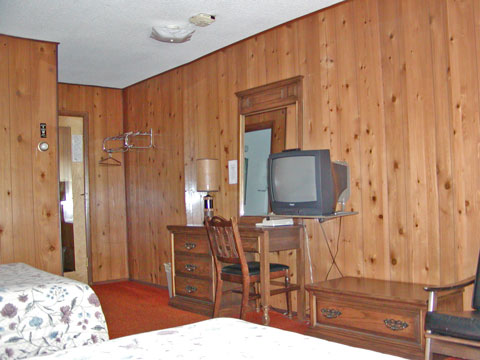Rooms with Cable TV, Coffee Makers, Clock Radios