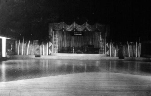 Gallery Image Surf_Ballroom_Stage_1949.jpg