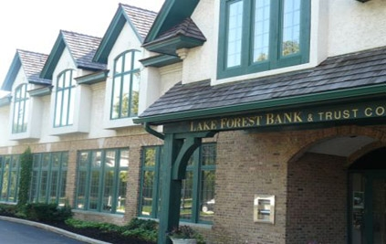 West Lake Forest bank location