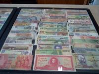 Foreign money collection