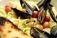 Gallery Image mussels%20resizedSummer%202011_9_884.jpg