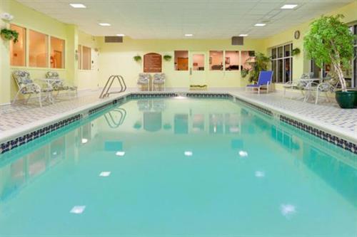 Gallery Image ATRAA-HEXS-Watertown%20NY-pool-1_preview.jpg