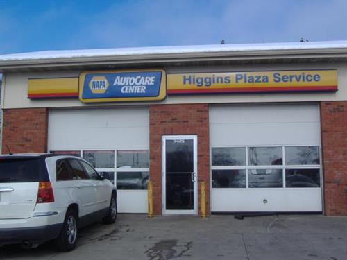 Higgins Plaza Service