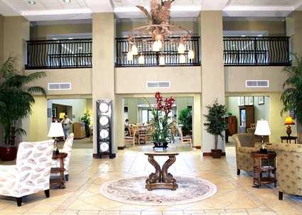 Lobby Main