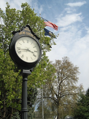Gem County Courthouse clock