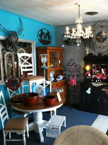 Furniture, home decor and so much more!