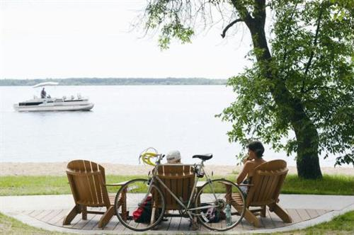 Lakeside living is a major attraction!