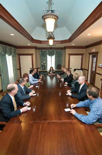 Holiday Inn & Suites executive board room