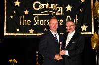 Dan Torwalt receiving the 2011 Centurion Award for Production Per Unit ranked #48 in Canada - Feb 28 2012