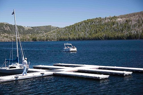 Half Moon Lake Lodge Marina - Boat and Boat Slip Rentals