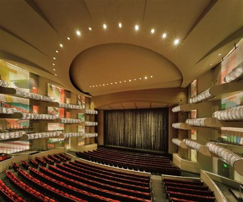 Interior of the Muriel Kauffman Theatre at the Kauffman Center for the Performing Arts (photo by Tim Hursley)