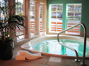 Gallery Image spa%20at%20cannery%207.jpg