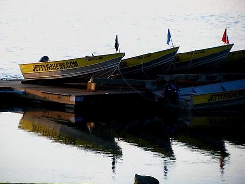 Gallery Image jetty%20boats.jpg
