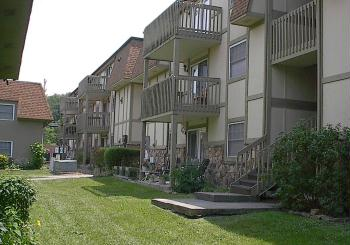 Highland Courtyard Apartment Homes