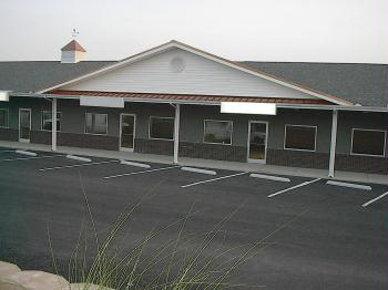 Crossville Commons Commercial Center - Ample Parking