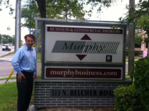 Russell is a franchise Murphy Business Brokerage owner with more than 14 years of business brokerage experience.