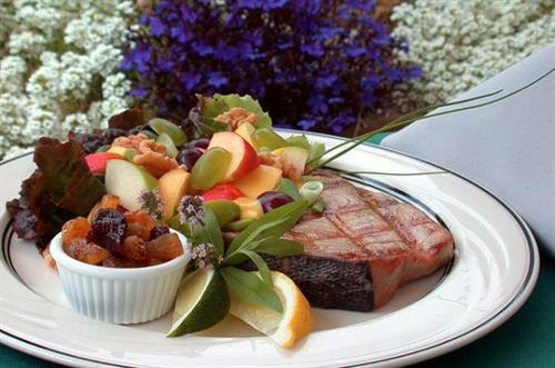 Always tasty, never boring, our healthy spa cuisine will surprise you. (reservations required)
