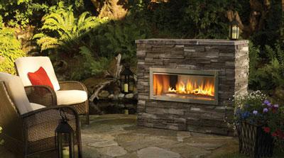 Gallery Image farmington-mo-outdoor-fireplace1.jpg