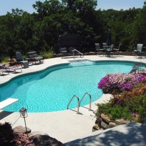 Gallery Image Farmington-MO-Pool-300x300.jpg