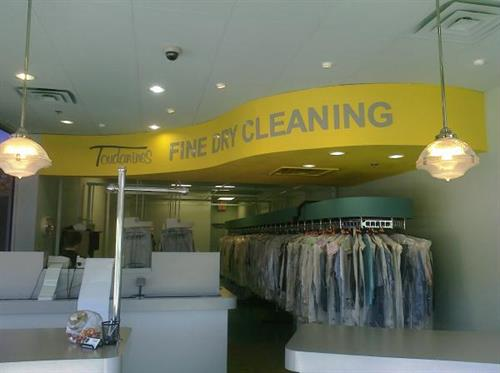 Toudanines Cleaners - Universal City, Texas