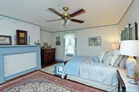 Gallery Image blue%20bedroom.jpg