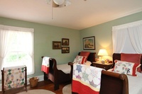 Gallery Image green%20bedroom.jpg