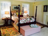 Gallery Image yellow%20bedroom.jpg